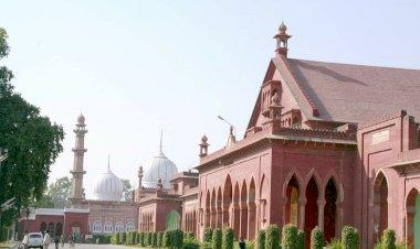 Preserve AMU's minority status and fund it's off-campuses, Muslim leaders demand.